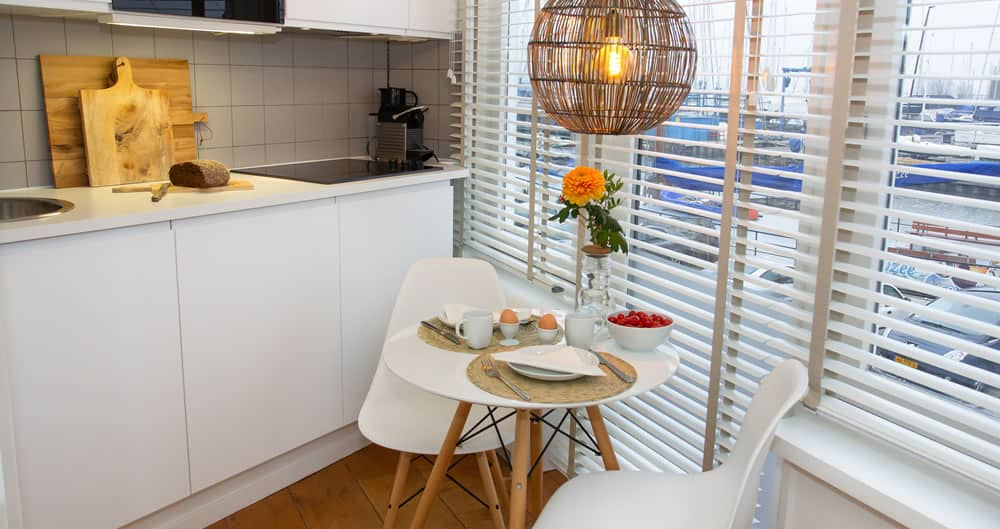 Luxe waterfront room from Apartments Waterland in Monnickendam near Amsterdam centrum